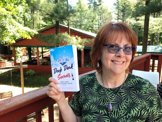 Author of debut 'cozy' mystery Sep 7