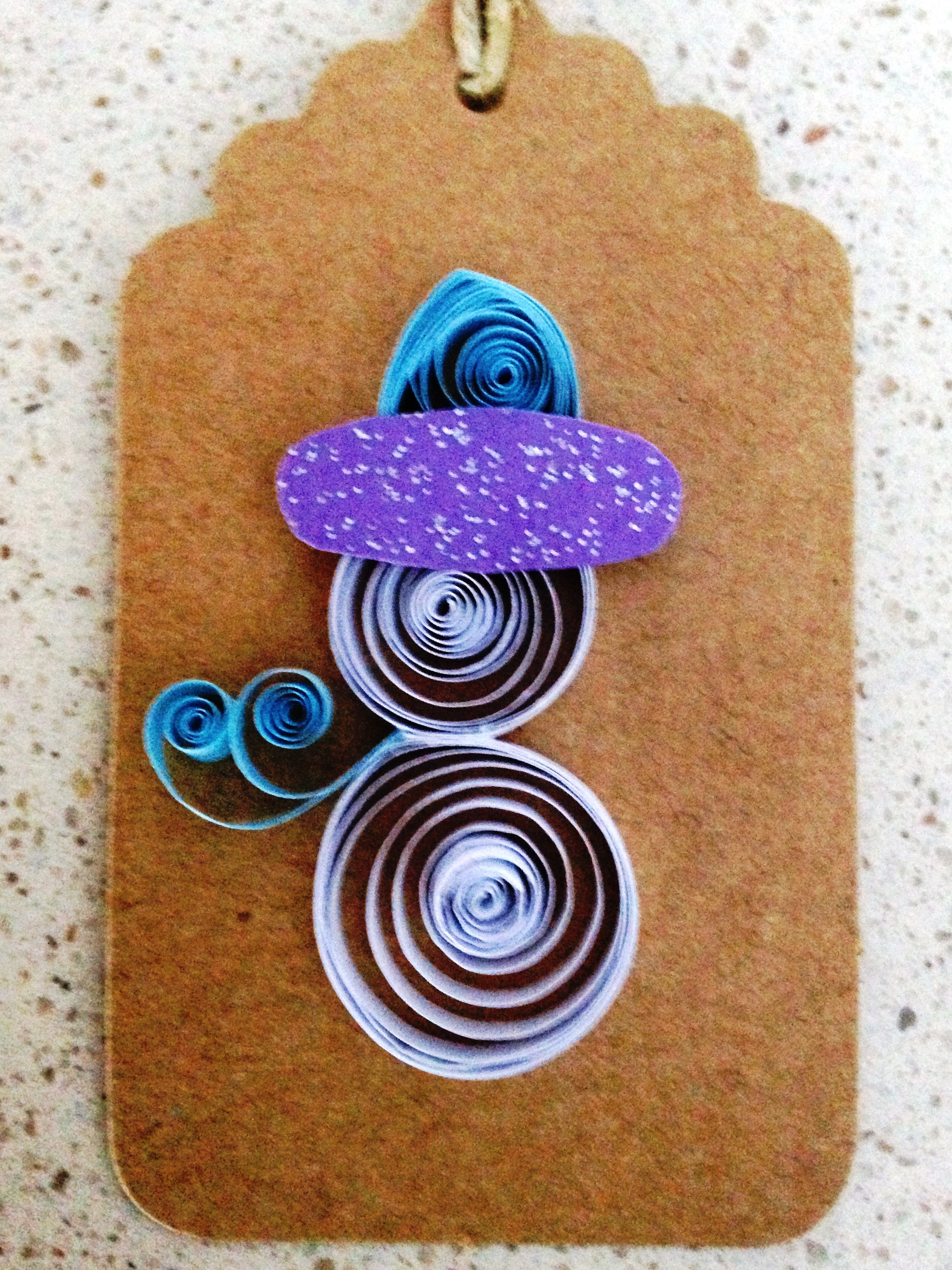 Make quilled gift tags Nov 17