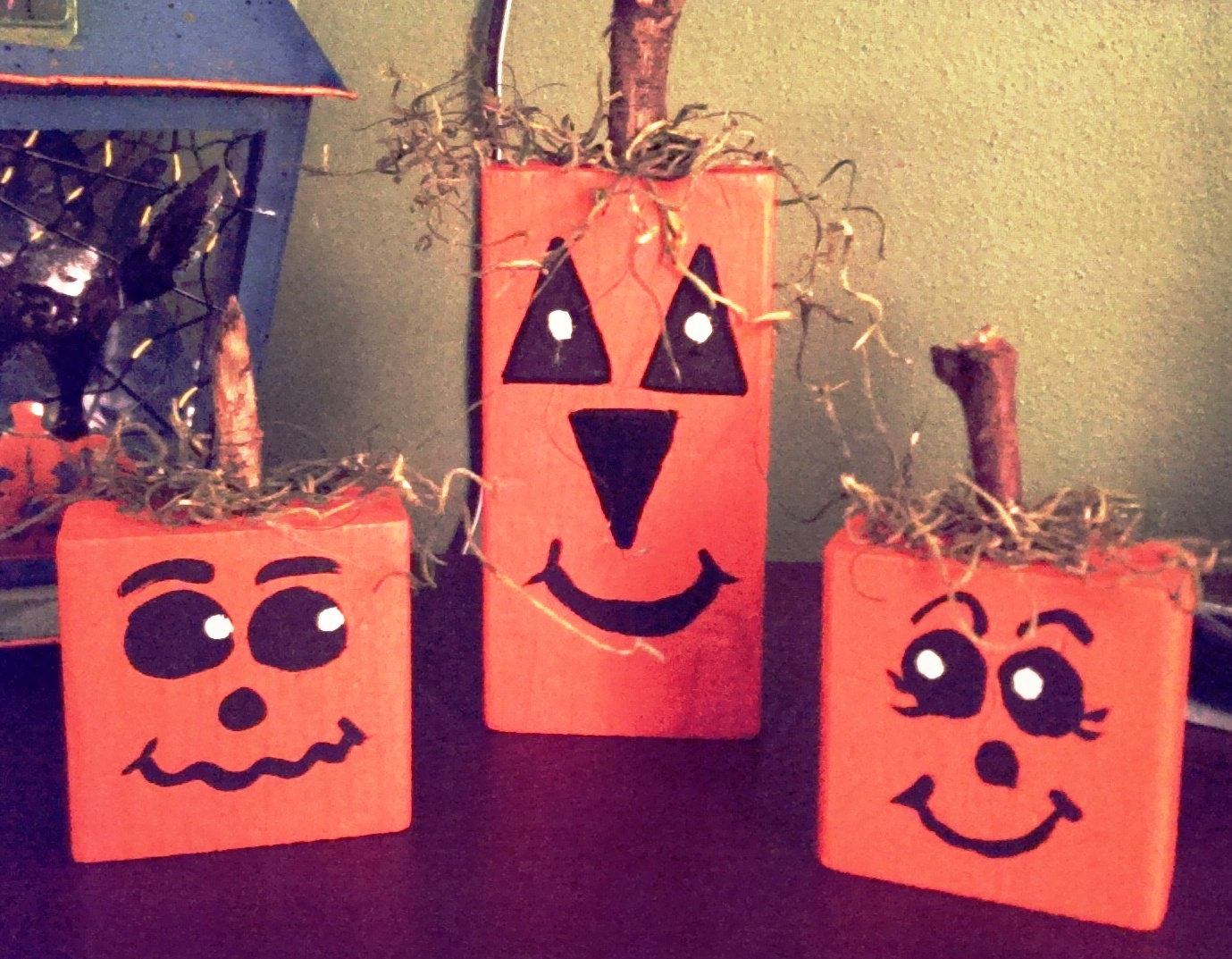 Make wooden pumpkins Sep 15